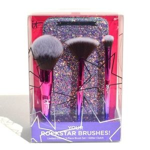 It Cosmetics Your Rockstar Brushes Set w/ Clutch
